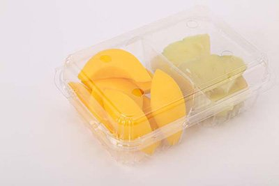 Plastic container tray